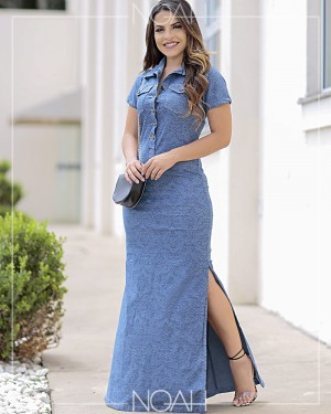 Vestido longo jeans claro c/ fenda | Moda Evangelica e Executiva