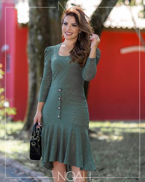 Vestido midi manga 7/8 verde militar | Moda Evangelica e Executiva